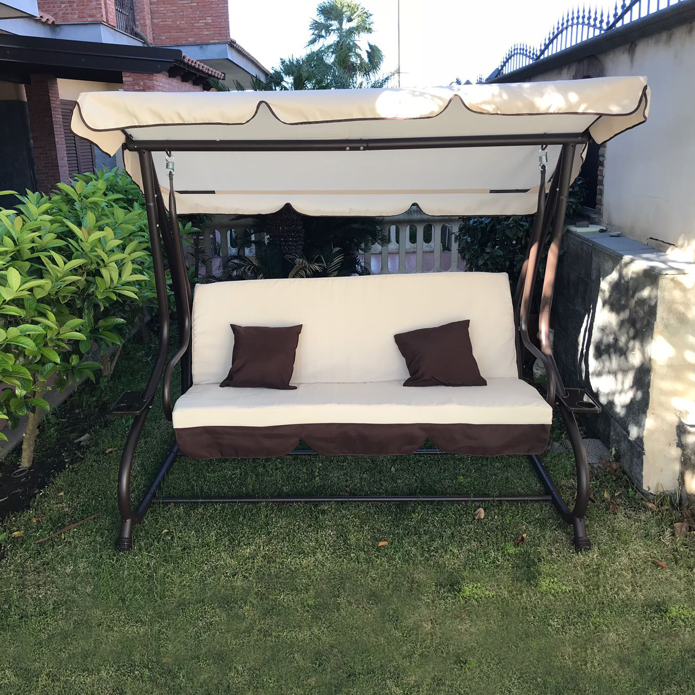 dondolo da giardino 3 posti con tetto parasole divano