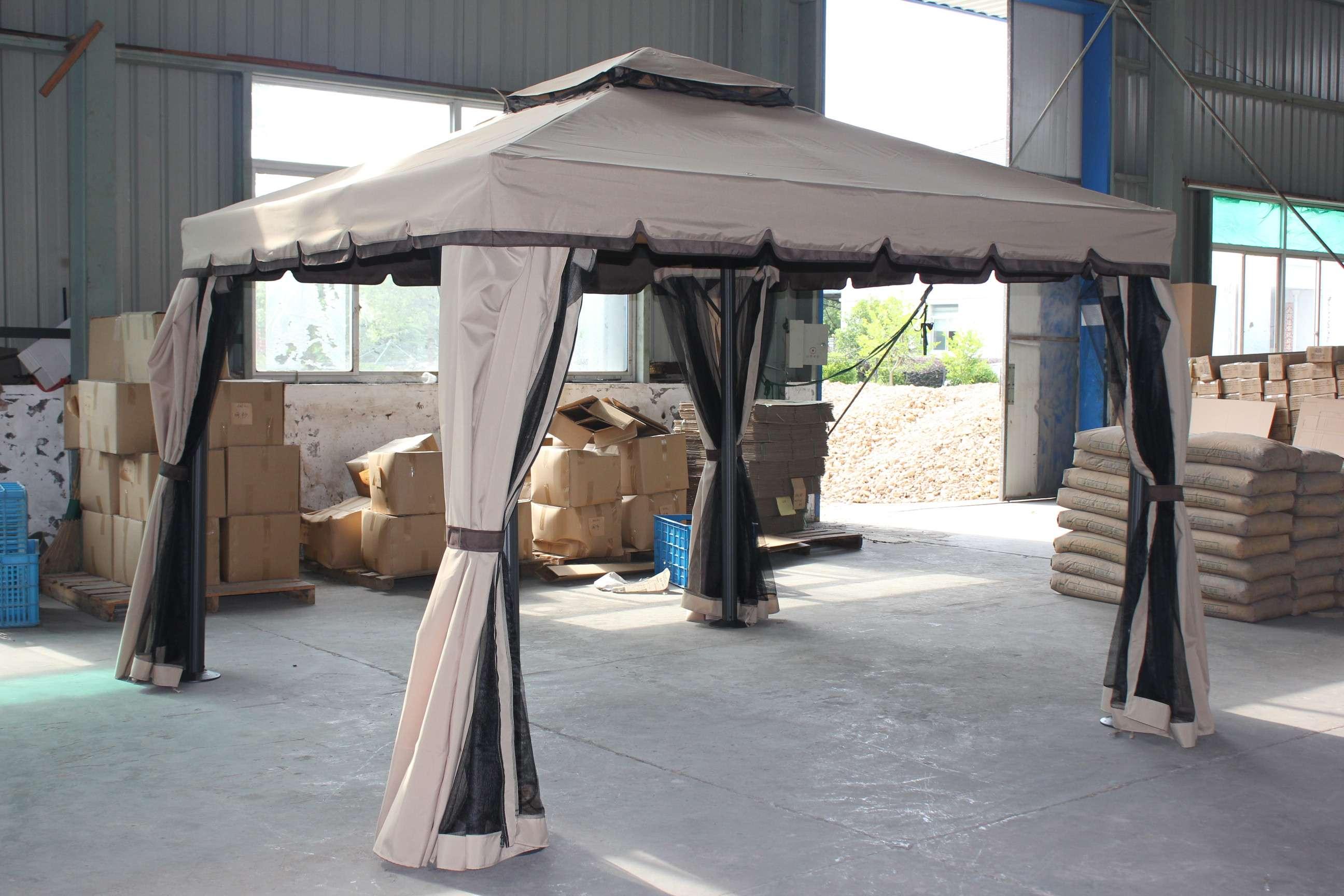 Gazebo da giardino 3x3 in alluminio telo antipioggia for Gazebo proiettato con camino