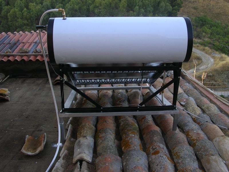 Pannello Solare Termico Naturale : Pannello solare termico acqua calda l tubi sottovuoto